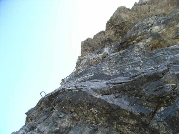 Foto: felskraxler / Klettersteig Tour / Lachenspitze Nordwand Klettersteig / dazwischen kommt immer wieder Gehgelände / 11.08.2009 00:33:26