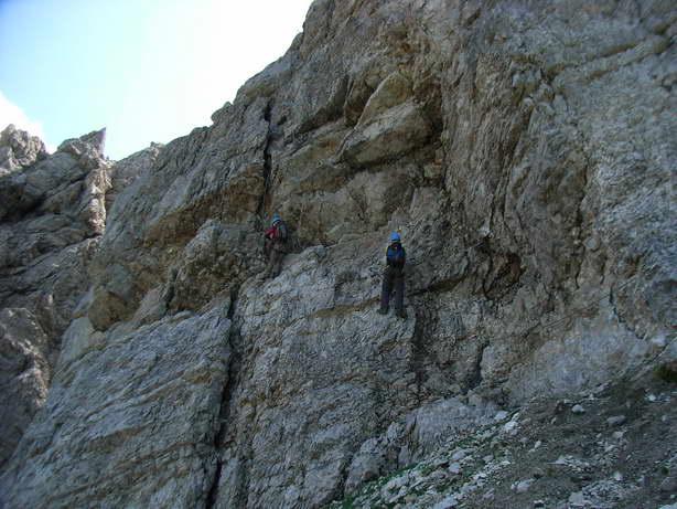 Foto: felskraxler / Klettersteig Tour / Lachenspitze Nordwand Klettersteig / Überhang, mit Routenwahl / 11.08.2009 00:34:43