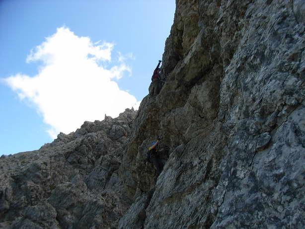 Foto: felskraxler / Klettersteig Tour / Lachenspitze Nordwand Klettersteig / Ausstieg aus dem Überhang / 11.08.2009 00:36:12