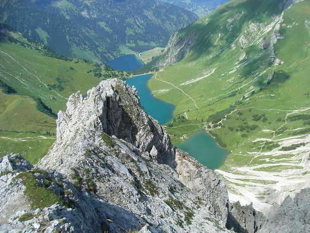 Foto: felskraxler / Klettersteig Tour / Lachenspitze Nordwand Klettersteig / Gipfelpanorama / 11.08.2009 00:37:59