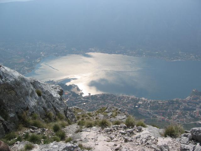 Foto: pepi4813 / Wander Tour / Pestingrad / Tiefblick in die Bucht von Kotor / 11.08.2009 11:18:30