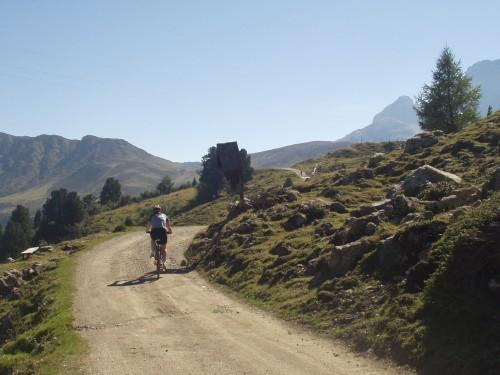 Foto: hofsab / Mountainbike Tour / Seiser Alm-Runde über Seiser Alm-Haus (2145 m)  / 27.08.2009 21:23:52