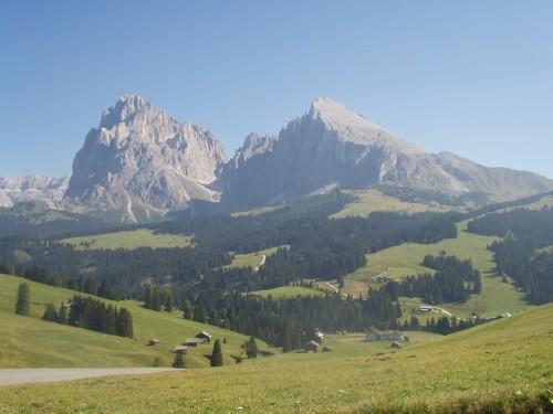 Foto: hofsab / Mountainbike Tour / Seiser Alm-Runde über Seiser Alm-Haus (2145 m)  / Aussicht über die weiläufige Seiser Alm / 27.08.2009 21:25:18
