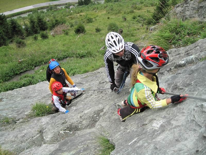 Foto: Heidi Schützinger / Klettersteig Tour / Kupfergeist-Klettersteig / Die Ferien sind ein Traum mit diesen Unternehmungen / 11.08.2010 18:09:15
