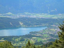 Foto: Seeboden / Wander Tour / Panoramarundwanderweg Pichlhütte - Sommeregger Hütte - Pichlhütte / Panoramablick auf die Seebodner Bucht / 18.08.2009 12:45:44
