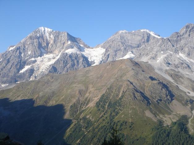 Foto: Manfred Karl / Klettersteig Tour / Südwand Klettersteig auf die Tschenglser Hochwand / Königspitze und Monte Zebru / 22.08.2009 21:21:20
