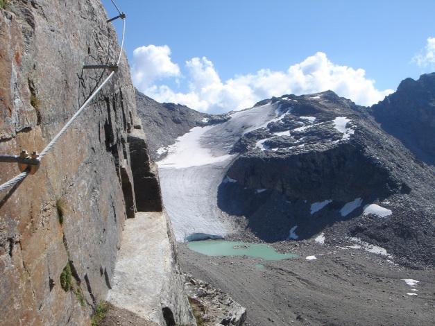 Foto: Manfred Karl / Klettersteig Tour / Südwand Klettersteig auf die Tschenglser Hochwand / Der Klettersteig bietet hervorragende landschaftliche Eindrücke / 22.08.2009 21:14:25