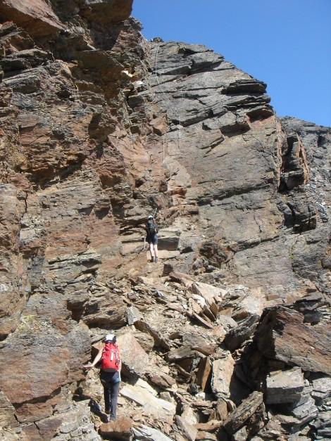 Foto: Manfred Karl / Klettersteig Tour / Südwand Klettersteig auf die Tschenglser Hochwand / Querung zur Plattenverschneidung / 22.08.2009 21:08:41