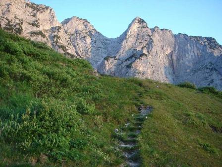 Foto: hanna84 / Wander Tour / Über die Hochkampschneid zum Scheibenkaser / Weg zum Grubenkaser / 25.08.2009 19:27:57