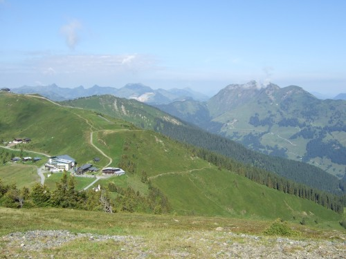 Foto: hofsab / Mountainbike Tour / Rund um das Spielberghorn über Asitzkopf (1914 m) und Schreiende Brunnen / die Schönleitenhütte - hier muss man noch hin / 28.08.2009 19:02:53
