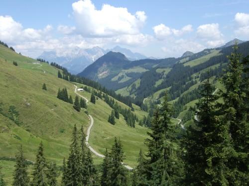 Foto: hofsab / Mountainbike Tour / Rund um das Spielberghorn über Asitzkopf (1914 m) und Schreiende Brunnen / Einblick ins Tal / 28.08.2009 19:09:19