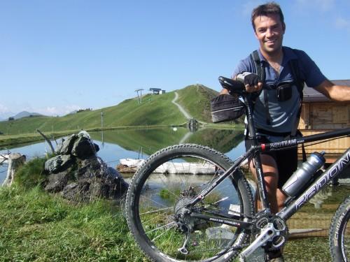 Foto: hofsab / Mountainbike Tour / Rund um das Spielberghorn über Asitzkopf (1914 m) und Schreiende Brunnen / um 10 Uhr schon alles rausgeschwitzt / 28.08.2009 19:00:02