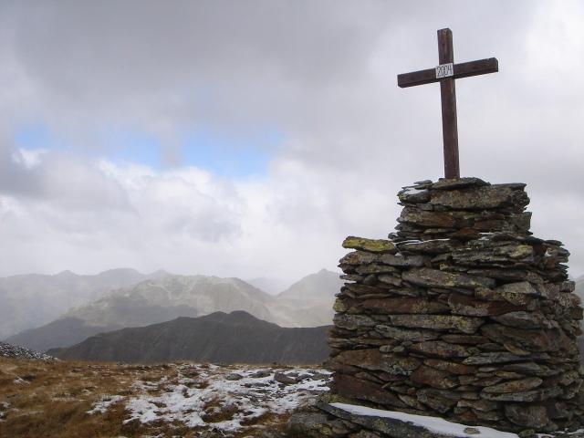 Foto: berglerin / Wander Tour / Gabesitten (2665m) / auch am höchsten Punkt steht ein Kreuz / 27.08.2009 17:50:44