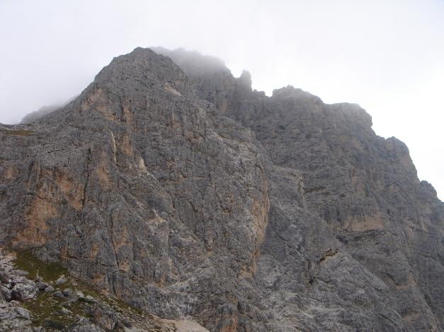 Foto: Manfred Karl / Kletter Tour / Alpinikante / Die Pyramide - dem Col dei Bos vorgelagert / 28.08.2009 21:26:52