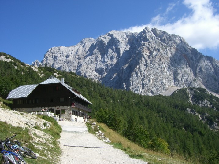 Foto: winsch / Klettersteig Tour / Prisojnik Fensterweg / Blick zum Fensterweg / 29.08.2009 16:33:00