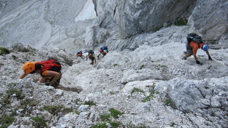 Foto: winsch / Klettersteig Tour / Klettersteig Mala Mojstrovka / mitten in der Wand / 29.08.2009 17:04:13