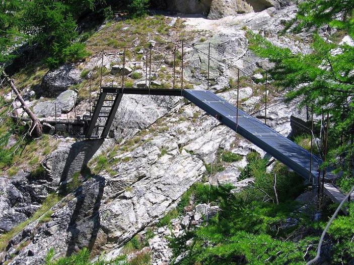 Foto: Andreas Koller / Klettersteig Tour / Erlebnisweg Almagellerhorn (1999 m) / 07.09.2009 23:04:22