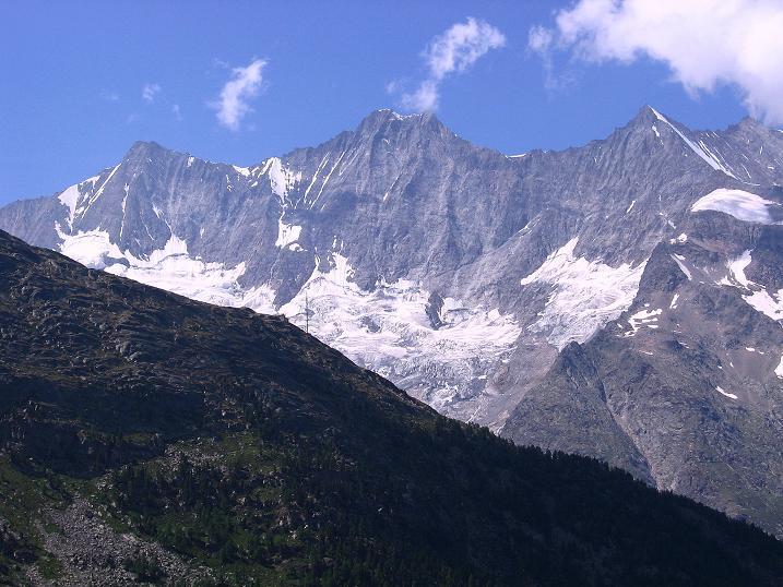 Foto: Andreas Koller / Klettersteigtour / Erlebnisweg Almagellerhorn (1999 m) / Täschhorn (4491 m), Dom (4545 m), Lenzspitze (4294 m) und Nadelhorn (4327 m) / 07.09.2009 23:03:25