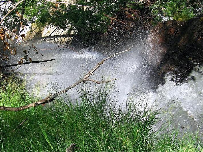 Foto: Andreas Koller / Klettersteig Tour / Mini-Klettersteig Saas Grund (1670 m) / Wasserfall beim Abstieg / 03.09.2009 20:29:13