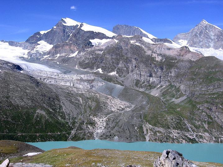 Foto: Andreas Koller / Wander Tour / Stelli - Aussichtsloge über dem Stausee Mattmark (3357 m) / Strahlhorn (4190 m), Rimpfischhorn (4199 m), Täschhorn (4491 m) / 03.09.2009 23:36:37