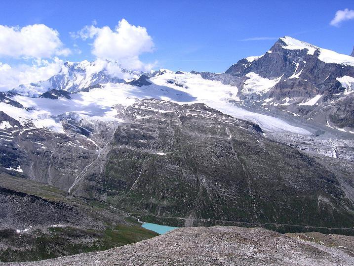 Foto: Andreas Koller / Wander Tour / Stelli - Aussichtsloge über dem Stausee Mattmark (3357 m) / Monte Rosa (4634 m) und Strahlhorn (4190 m) / 03.09.2009 23:33:49