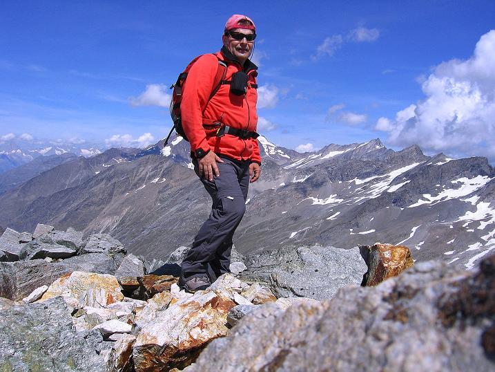 Foto: Andreas Koller / Wander Tour / Stelli - Aussichtsloge über dem Stausee Mattmark (3357 m) / 03.09.2009 23:31:54