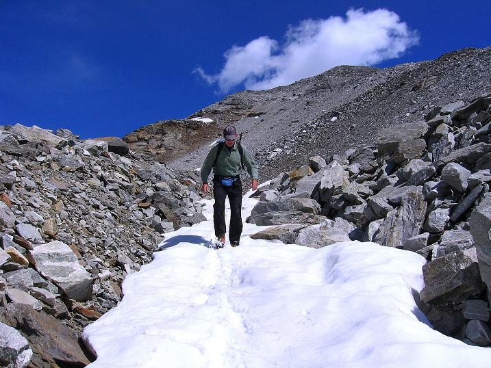 Foto: Andreas Koller / Wander Tour / Stelli - Aussichtsloge über dem Stausee Mattmark (3357 m) / 03.09.2009 23:30:15