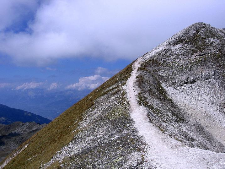 Foto: Andreas Koller / Wander Tour / Bella Tola - Aussichtsbalkon der Walliser Alpen (3026 m) / Die letzten Meter zum Rothorn-Gipfel / 05.09.2009 18:45:16