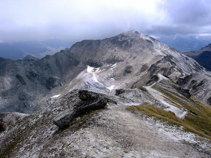 Foto: Andreas Koller / Wander Tour / Bella Tola - Aussichtsbalkon der Walliser Alpen (3026 m) / Gegenüber die Bella Tola / 05.09.2009 18:42:55