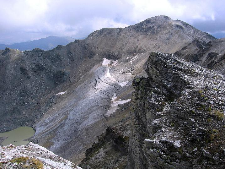 Foto: Andreas Koller / Wander Tour / Bella Tola - Aussichtsbalkon der Walliser Alpen (3026 m) / Blick zur Bella Tola / 05.09.2009 18:42:19