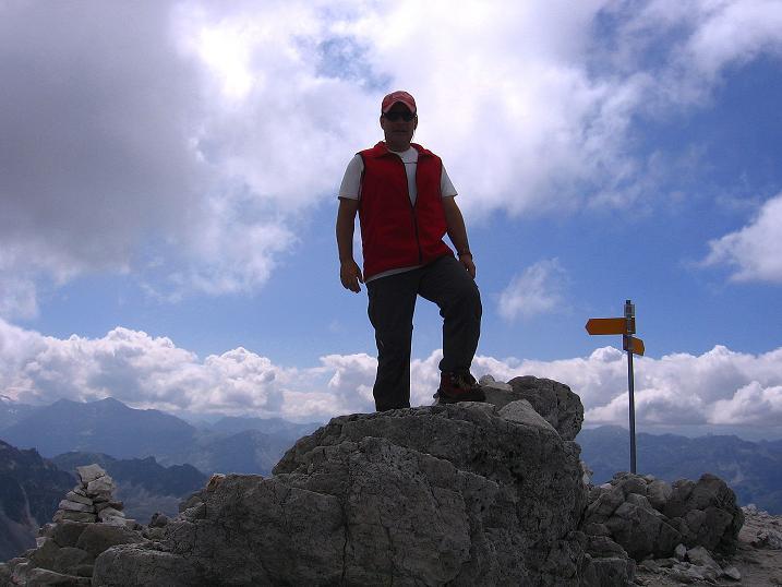 Foto: Andreas Koller / Wander Tour / Bella Tola - Aussichtsbalkon der Walliser Alpen (3026 m) / 05.09.2009 18:40:41