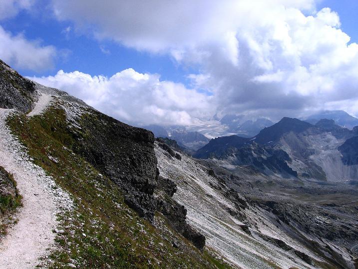 Foto: Andreas Koller / Wander Tour / Bella Tola - Aussichtsbalkon der Walliser Alpen (3026 m) / 05.09.2009 18:39:11