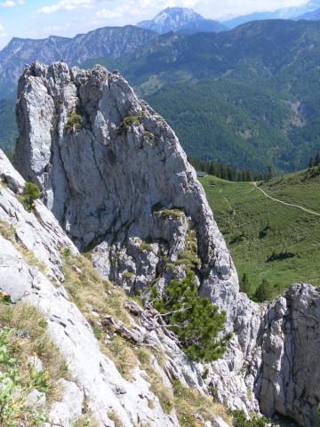 Foto: Wolfgang Lauschensky / Kletter Tour / Klettern am Roßstein und an der Roßsteinnadel / Westkante der Roßsteinnadel / 24.05.2011 23:30:02
