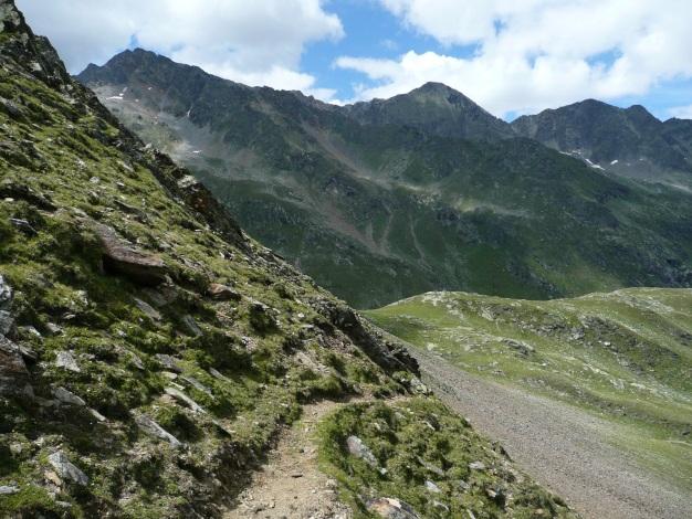 Foto: Manfred Karl / Wander Tour / Auf den Hausberg der Lodnerhütte / Am Weg zum Blasiuszeiger / 31.08.2009 15:52:33