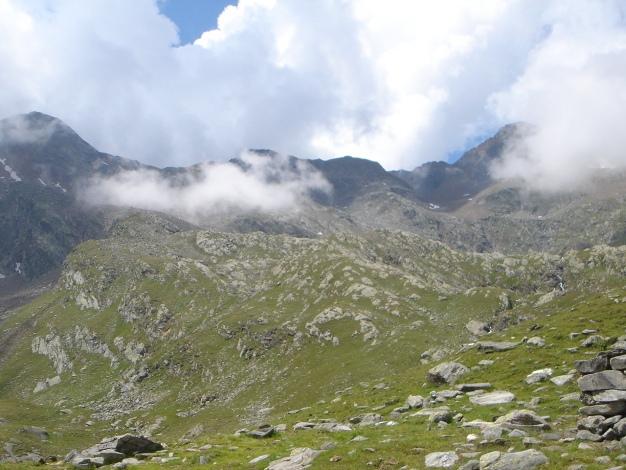 Foto: Manfred Karl / Wander Tour / Eindrucksvoller Dreitausender über dem Vinschgau / 31.08.2009 16:23:41