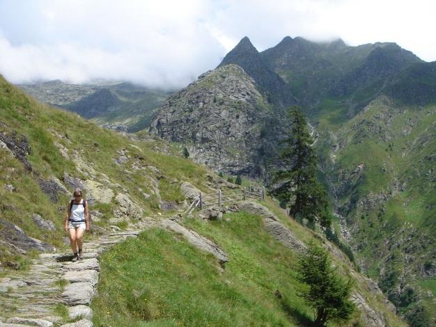 Foto: Manfred Karl / Wander Tour / Eindrucksvoller Dreitausender über dem Vinschgau / 31.08.2009 16:20:45