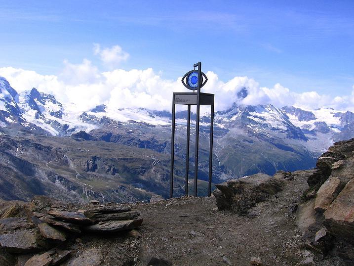 Foto: Andreas Koller / Wander Tour / Wanderdreitausender Oberrothorn (3415 m) / Den Oberrothorn-Gipfel erreicht / 05.09.2009 00:17:46