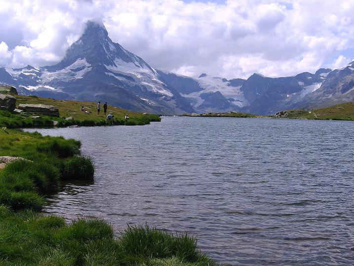 Foto: Andreas Koller / Wander Tour / Wanderdreitausender Oberrothorn (3415 m) / Matterhorn (4478 m) / 05.09.2009 00:12:53