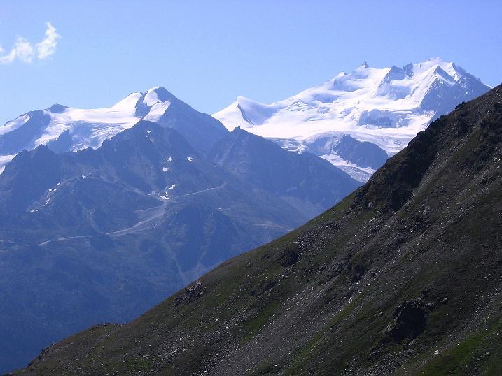 Foto: Andreas Koller / Wander Tour / Über den Augstbordgrat auf das Dreizehntenhorn (3052 m) / Balfrin (3796 m) und die Mischabelkette (4545 m) / 07.09.2009 21:39:37