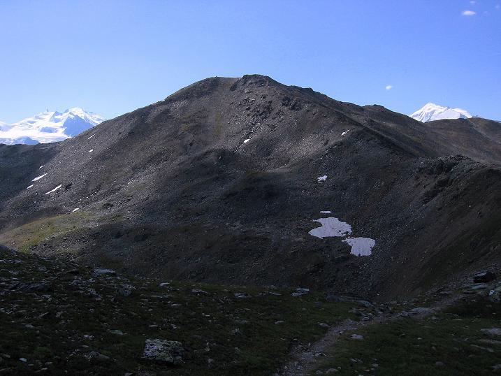 Foto: Andreas Koller / Wander Tour / Über den Augstbordgrat auf das Dreizehntenhorn (3052 m) / Aussichtsberg Augstbordhorn in der Mitte / 07.09.2009 21:36:57