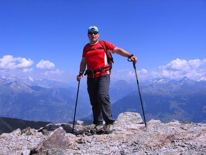 Foto: Andreas Koller / Wander Tour / Über den Augstbordgrat auf das Dreizehntenhorn (3052 m) / 07.09.2009 21:32:42