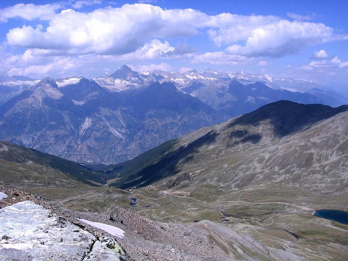 Foto: Andreas Koller / Wander Tour / Über den Augstbordgrat auf das Dreizehntenhorn (3052 m) / Blick in die Berner Alpen / 07.09.2009 21:25:40