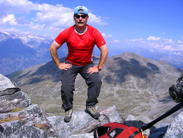 Foto: Andreas Koller / Wander Tour / Über den Augstbordgrat auf das Dreizehntenhorn (3052 m) / 07.09.2009 21:24:45