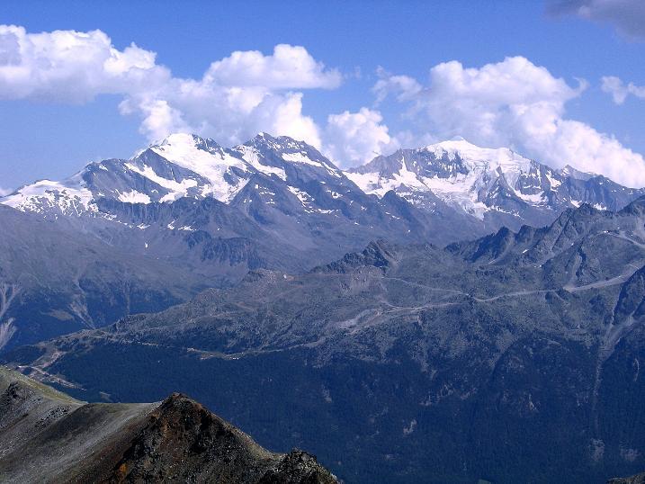 Foto: Andreas Koller / Wander Tour / Über den Augstbordgrat auf das Dreizehntenhorn (3052 m) / Fletschhorn (3996 m), Lagginhorn (4010 m) und Weißmies (4023 m) / 07.09.2009 21:24:37