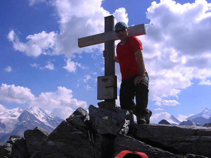 Foto: Andreas Koller / Wander Tour / Über den Augstbordgrat auf das Dreizehntenhorn (3052 m) / 07.09.2009 21:23:55