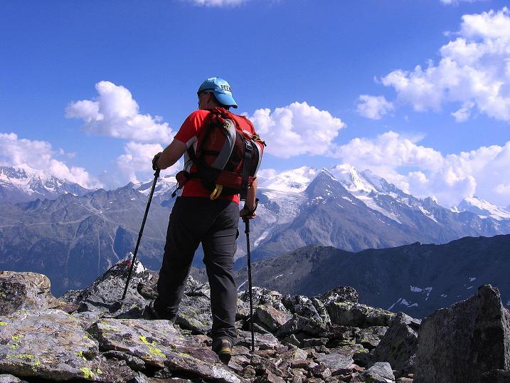 Foto: Andreas Koller / Wander Tour / Über den Augstbordgrat auf das Dreizehntenhorn (3052 m) / Abstieg vom Dreizehntenhorn / 07.09.2009 21:22:59