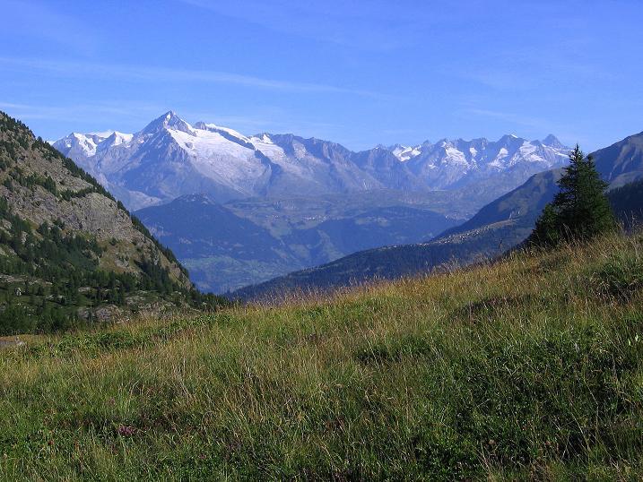 Foto: Andreas Koller / Wander Tour / Vom Simplonpass auf das Wasenhorn (3246 m) / Berner Alpen / 10.09.2009 00:01:27