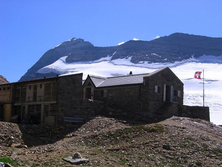 Foto: Andreas Koller / Wander Tour / Vom Simplonpass auf das Wasenhorn (3246 m) / Cabane Monte Leone / 09.09.2009 23:54:27