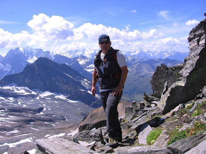 Foto: Andreas Koller / Wander Tour / Vom Simplonpass auf das Wasenhorn (3246 m) / Am SW-Grat / 09.09.2009 23:51:18