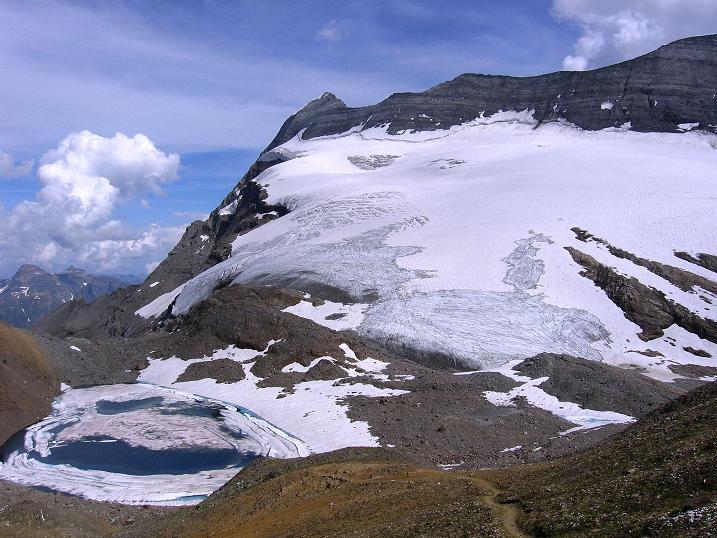 Foto: Andreas Koller / Wander Tour / Vom Simplonpass auf das Wasenhorn (3246 m) / Monte Leone (3553 m) / 09.09.2009 23:45:31